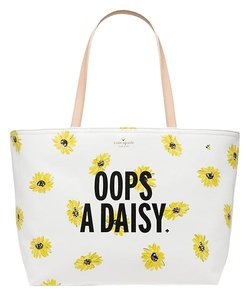 Kate Spade Down The Rabbit Hole Tote in wHITE DAISY YELLOW