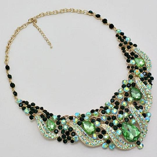 Other Vintage Elegance Green Crystal Rhinestone Teardrop Floral Gold Chain Bib Collar Necklace and Earring Set