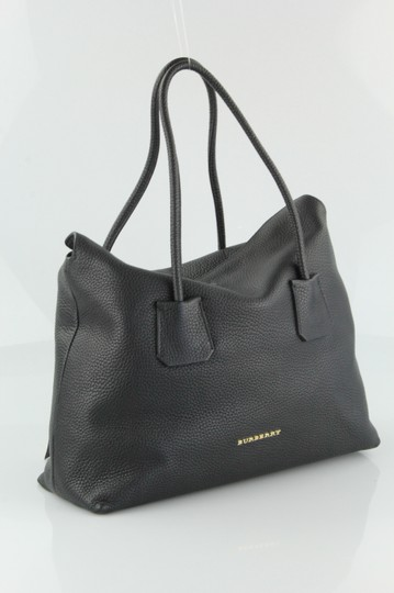 Burberry Baynard Grained Leather Tote in Black