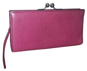 Burberry High-end Pink Clutch
