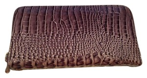 Wristlet in taupe
