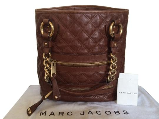 Marc Jacobs Quilted Leather Chain Straps Brass Hardware Details Shoulder Bag
