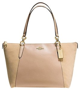 Coach Tote in beechwood beige light gold tone