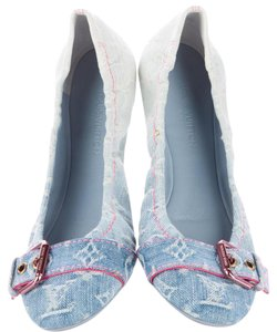 Louis Vuitton Idylle Lv Monogram Denim Round Toe Patent Leather Blue, White, Red Flats