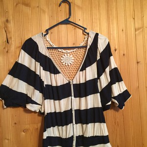 Rue 21 Top Navy and cream striped
