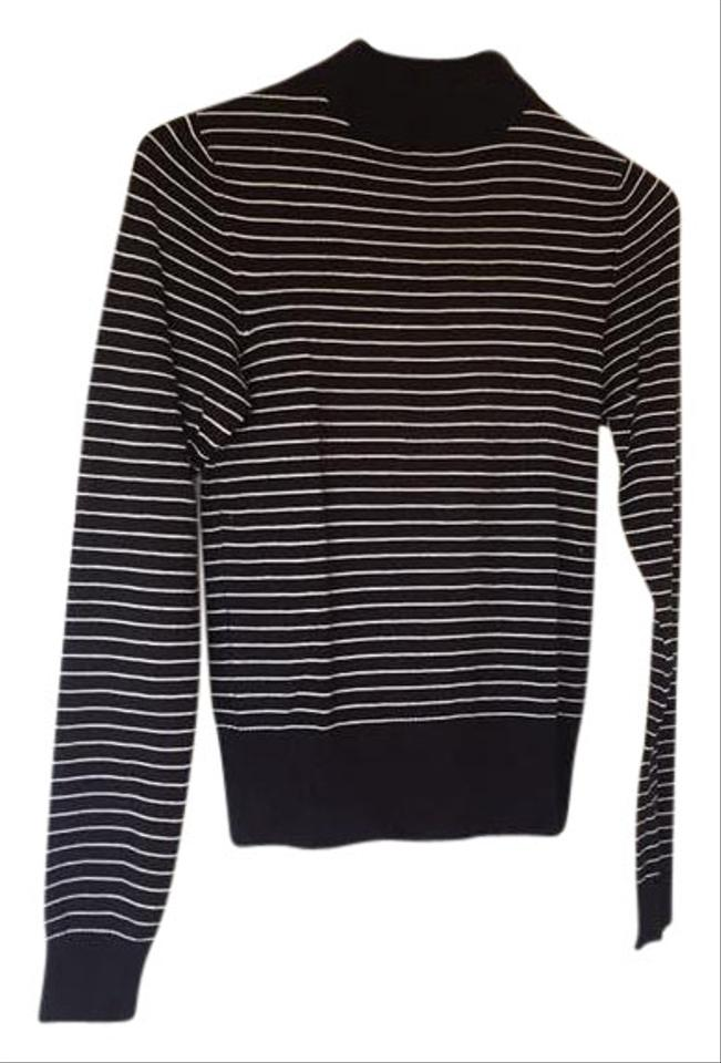 New Look Inspire White Navy Blue Breathable Short Sleeve Sweater US 20 UK This is a short sleeve breathable sweater by New Look Inspire. White with navy blue stripes.