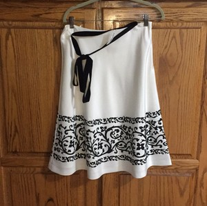 White House | Black Market A Line Skirt off white
