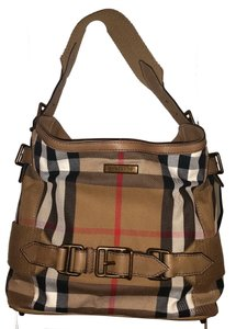 Grey Burberry Hobo Bags - Up to 90% off at Tradesy 6d98530ea1