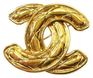 Chanel Chanel Vintage CC Gold Plated Quilted Large Pin/Brooch