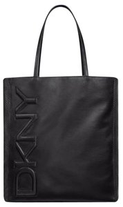 DKNY Shopper Weekender Tote in Black