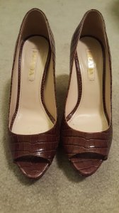 Prada Made In Italy Peep Toe Brown Pumps