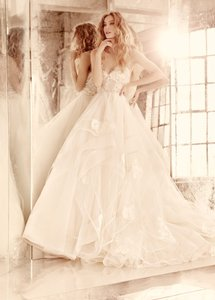 Hayley Paige Chantelle Gown Wedding Dress