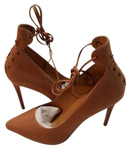 Nine West Natural/Light Tan Pumps