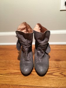 Sibyl Vane Leather Bootie Boot grey Boots