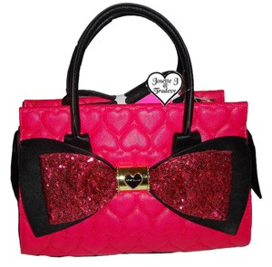 Betsey Johnson Cross Body Quilted Heart Sequin Bow Satchel in fuchsia
