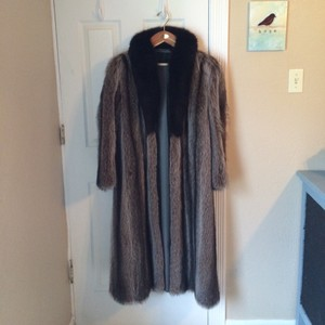 Peter Duffy New York Fur Coat