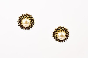 Miriam Haskell Vintage Miriam Haskell Gold Tone Faux Pearl Dahlia Flower Post Earrings