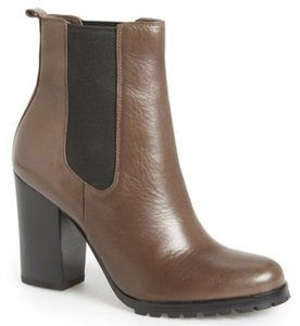 Coach Lugged Sole Classic Style Brown (Taupe) Boots