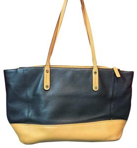 Calvin Klein Tote in Black And Tan