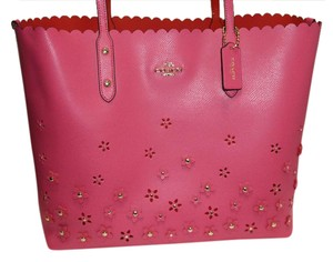 Coach Leather Feminine Limited Edition Scalloped Floral Tote in Pink