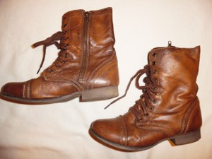 Steve Madden Distressed Faded Boho Brown Boots