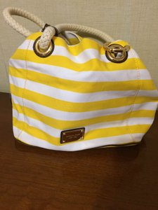 Michael Kors Tote in yellow/white/brown leather