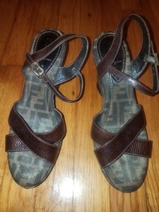 Fendi Brown Mono8 Sandals