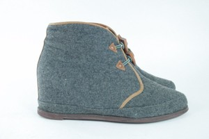 80%20 Footwear Wedge Gray Wool Boots