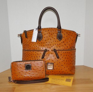 Dooney & Bourke Ostrich & Brown Wallet Wristlet Satchel in Tan