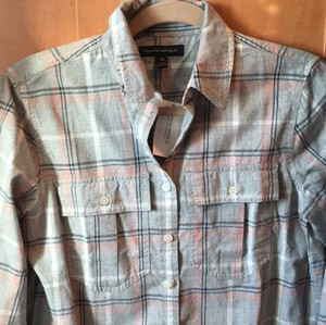 Banana Republic Button Down Shirt Light grey with coral and cream