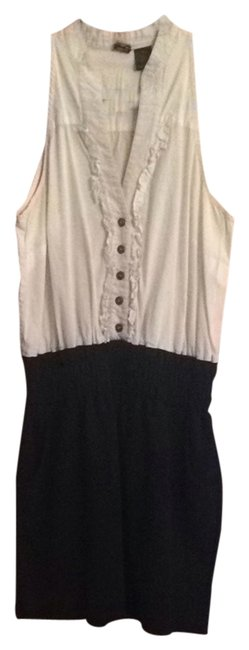 Preload https://item4.tradesy.com/images/molli-and-mia-black-white-workoffice-dress-size-8-m-1989153-0-0.jpg?width=400&height=650