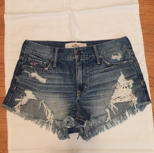 Hollister Cut Off Shorts Medium wash