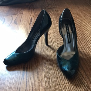 Chinese Laundry Teal and navy Pumps