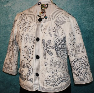 Chico's Embroidered Swing Floral Boho Navy blue & white Blazer
