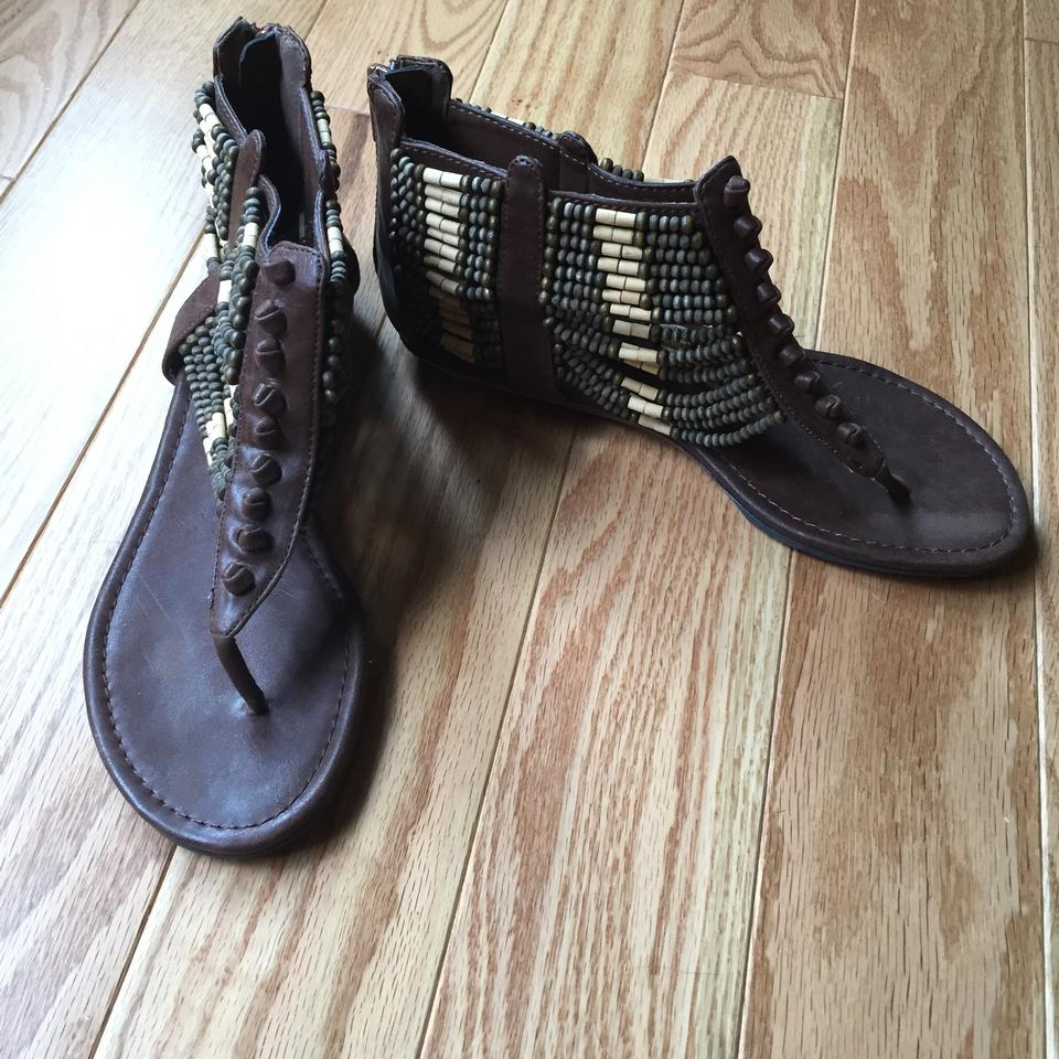 d8a72979db28 Brown Leather with Wood Beads Wooden Beaded Sandals Size US 6 ...