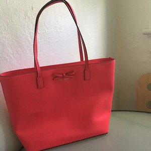 Kate Spade Tote in Coral/Red