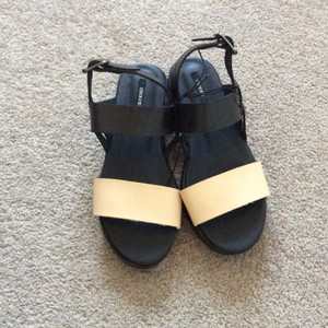 Forever 21 Black and cream Sandals