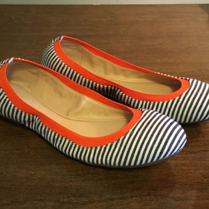 BCBGeneration Navy, white, tangerine orange Flats