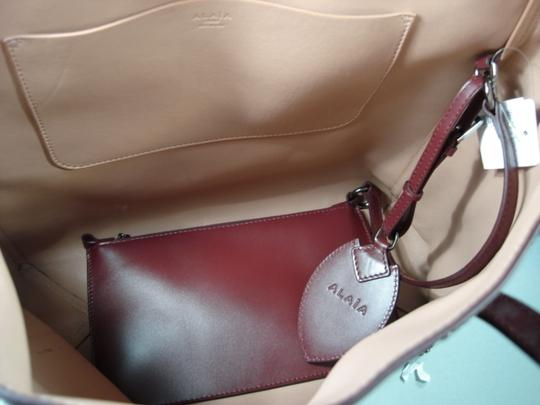ALAA Attached Envelope New Heart Mirror Gunmetal Studs Tote in Dark Burgundy/Bordeaux Image 10