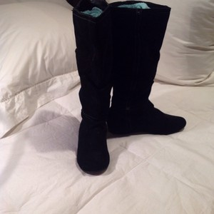 White Mountain Black brushed leather Boots