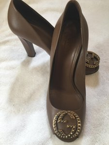 Gucci Leather Taupe Pumps