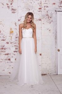 Maggie Overskirt (4 Layers Tulle) Wedding Dress