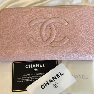 Chanel Chanel Light Pink Caviar Zippy Wallet