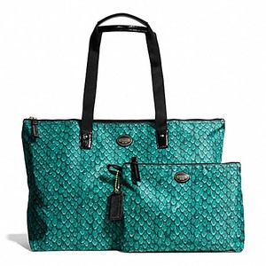 Coach New Snake Print Roomy Emerald Travel Bag