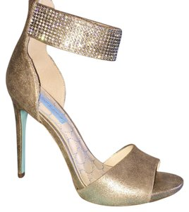 Betsey Johnson Heels Sparkle Gold Formal
