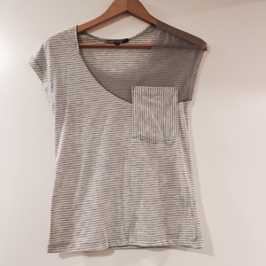 Anthropologie T Shirt