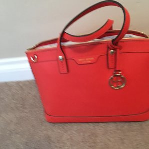 Henri Bendel Tote in Orange
