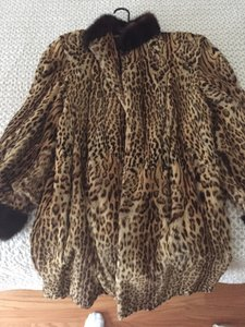 Burnet goldgell Fur Coat