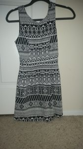 Monteau Los Angeles Fitted Holiday Dress