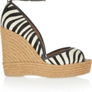 By Paloma Barcelo Black & White Sandals
